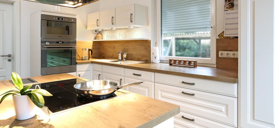 Hm kuchen das kuchenstudio in rostock kuchenstudio for Küchenstudio rostock
